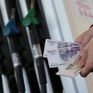 Цены на АЗС в январе были в 2,4 раза выше цен производителей